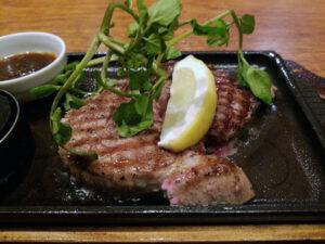 サルヴァトーレ聖蹟桜ヶ丘店のステーキ